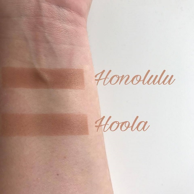 Honolulu vs Hoola Bronzer Swatches