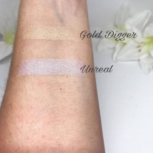 Mrs. Bella Swatch Highlighter